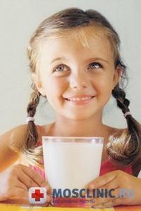 В молоке содержится много химии
